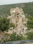 Вид с одной из смотровых башен внутрь крепости Монфорт